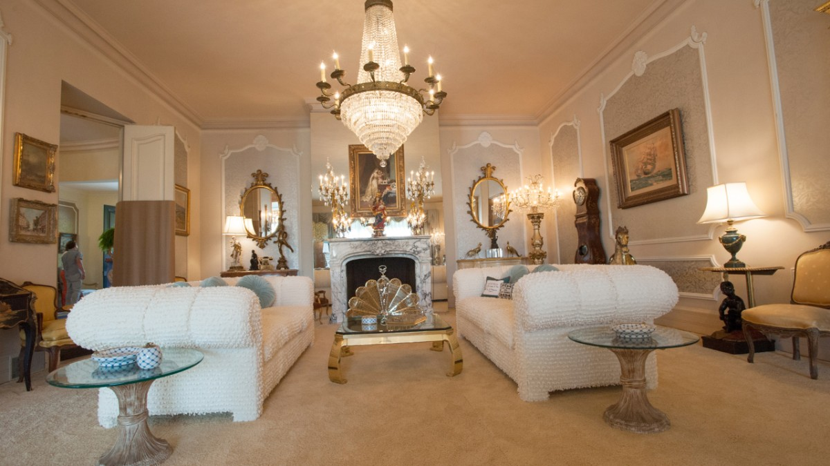 Liberace living room