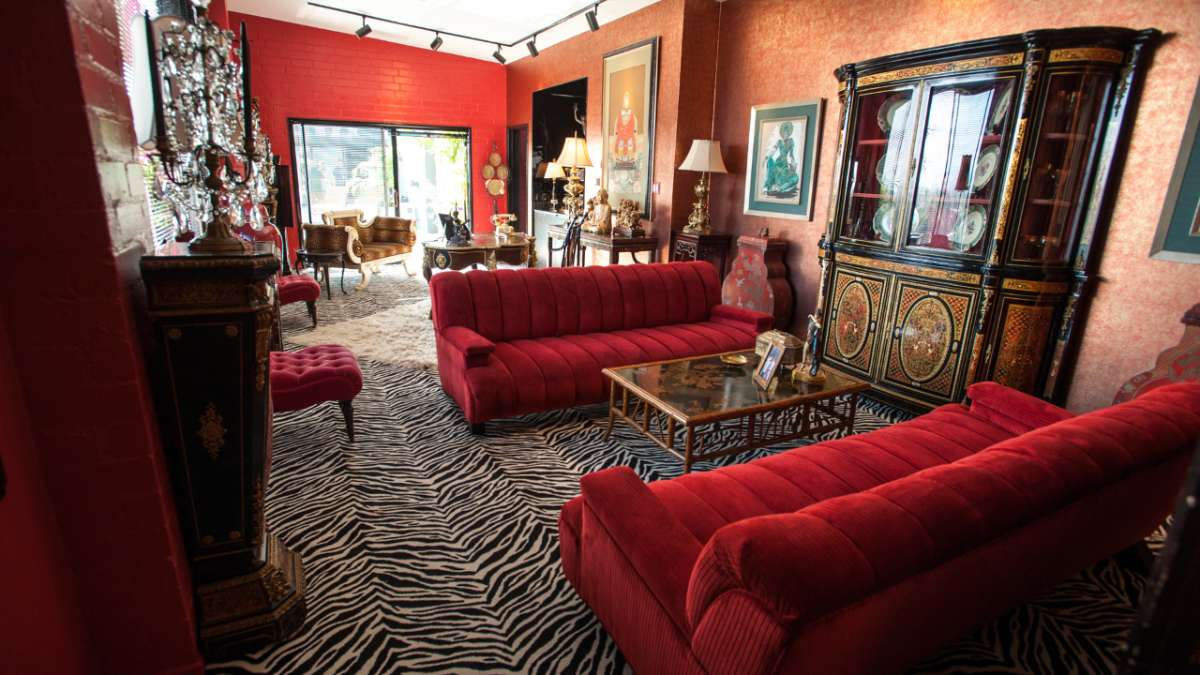 Liberace sitting room