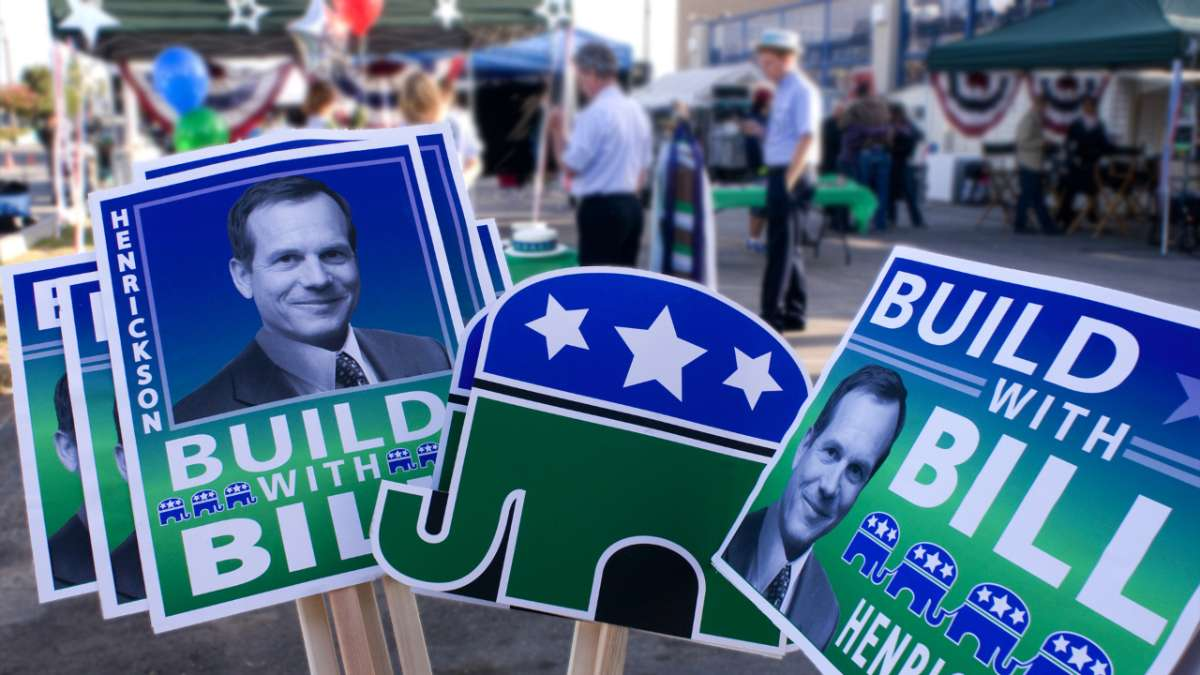 Build with Bill signs
