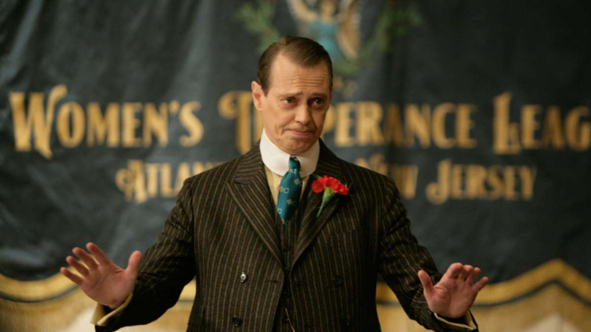 Nucky gives speech to the Temperance League