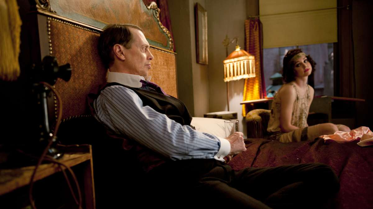Nucky and Billie in bed