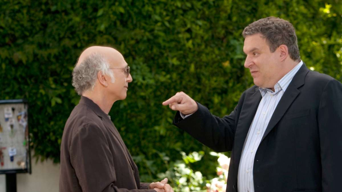 Jeff Greene points at Larry David