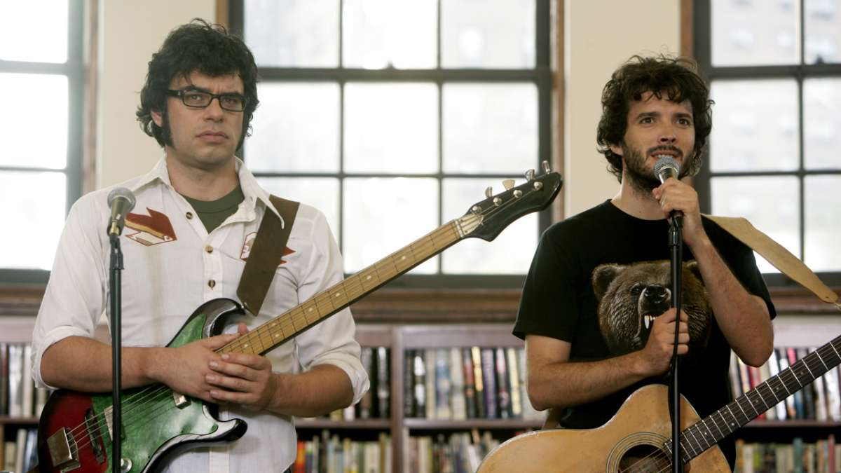 Jermaine and Bret perform in library