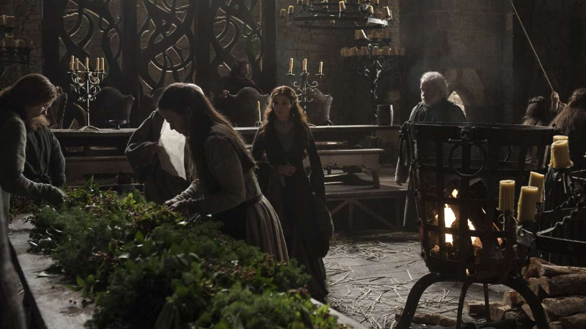 Ep01 Catelyn prepares for feast