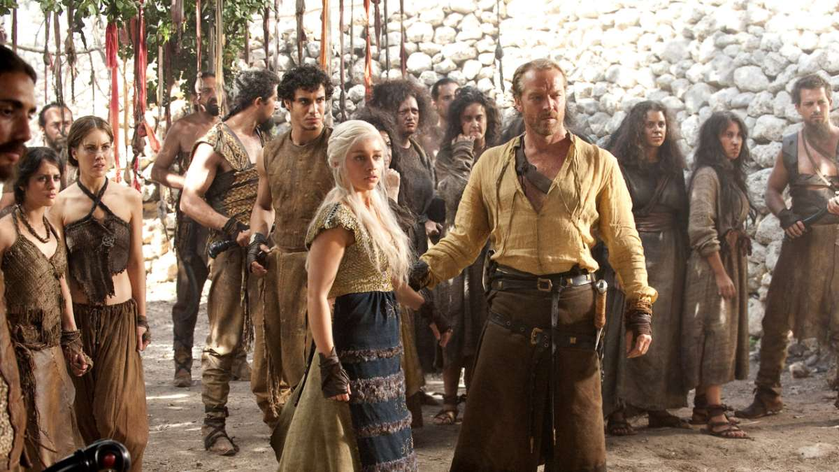 Daenerys and Jorah Dothraki crowd