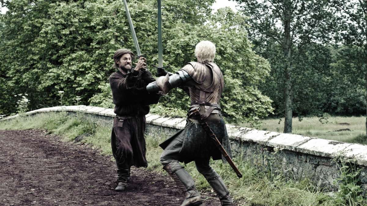 Brienne and Jaime sword fighting