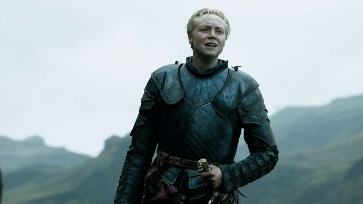 40-scene-lift-arya-brienne