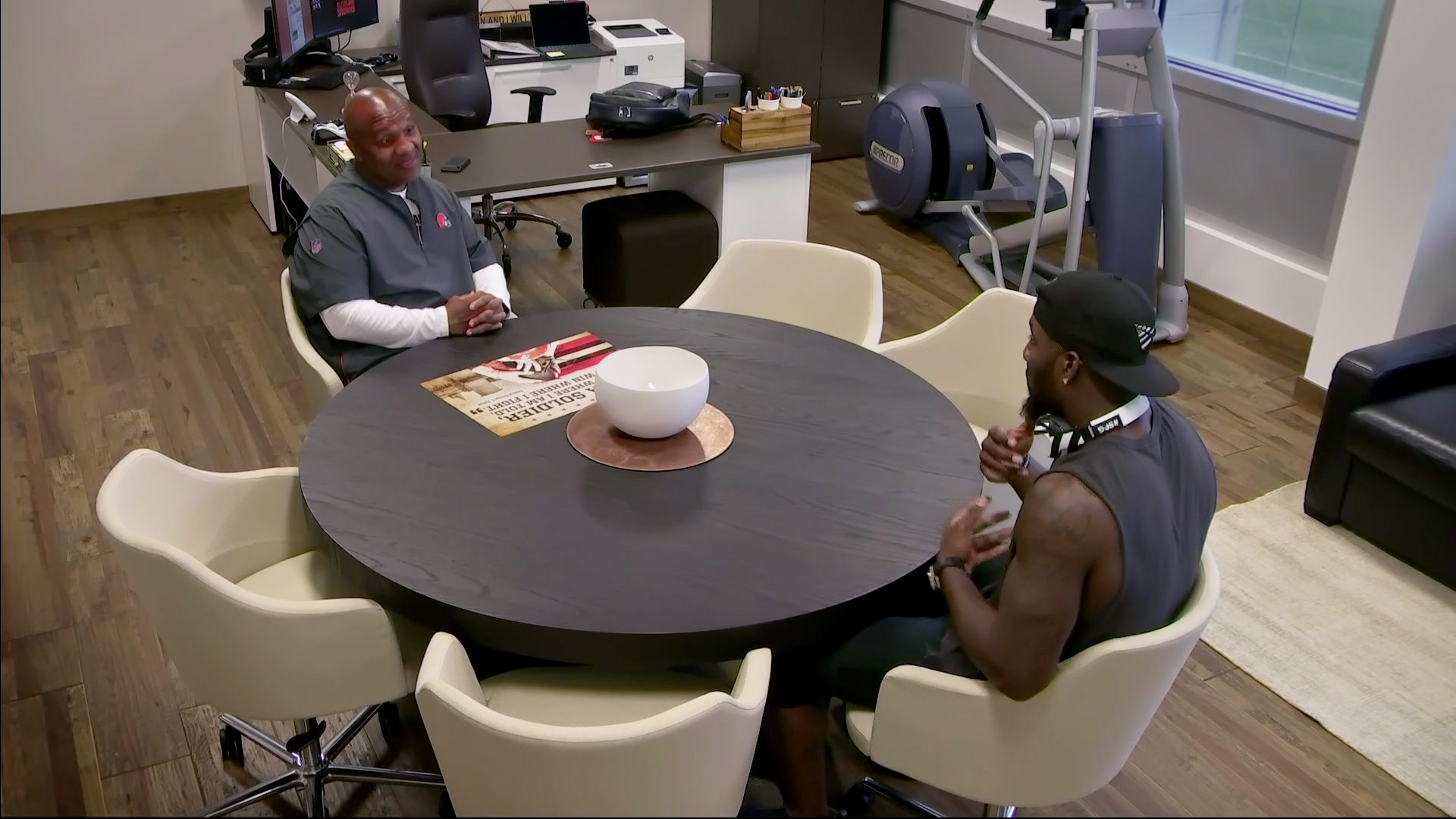 Episode 3: Dez and Hue Clip Video | HBO
