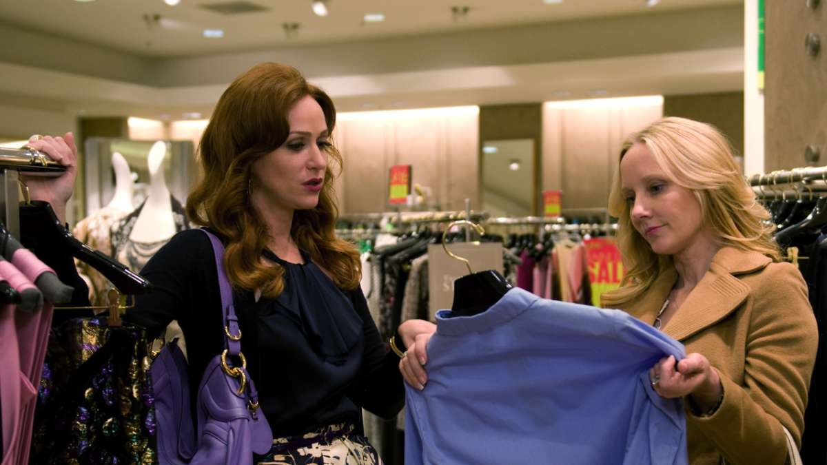 Lenore and Jessica shopping