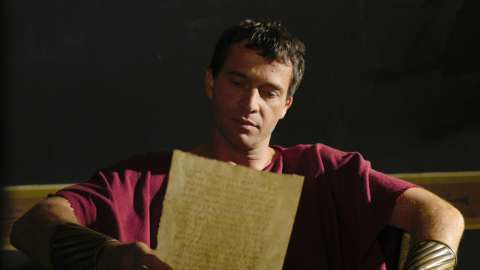 Mark Antony reads letter