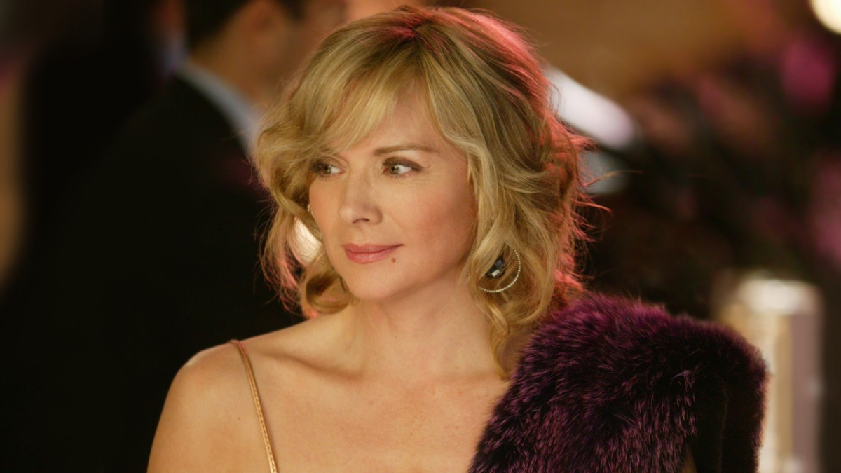 Samantha Jones smiles