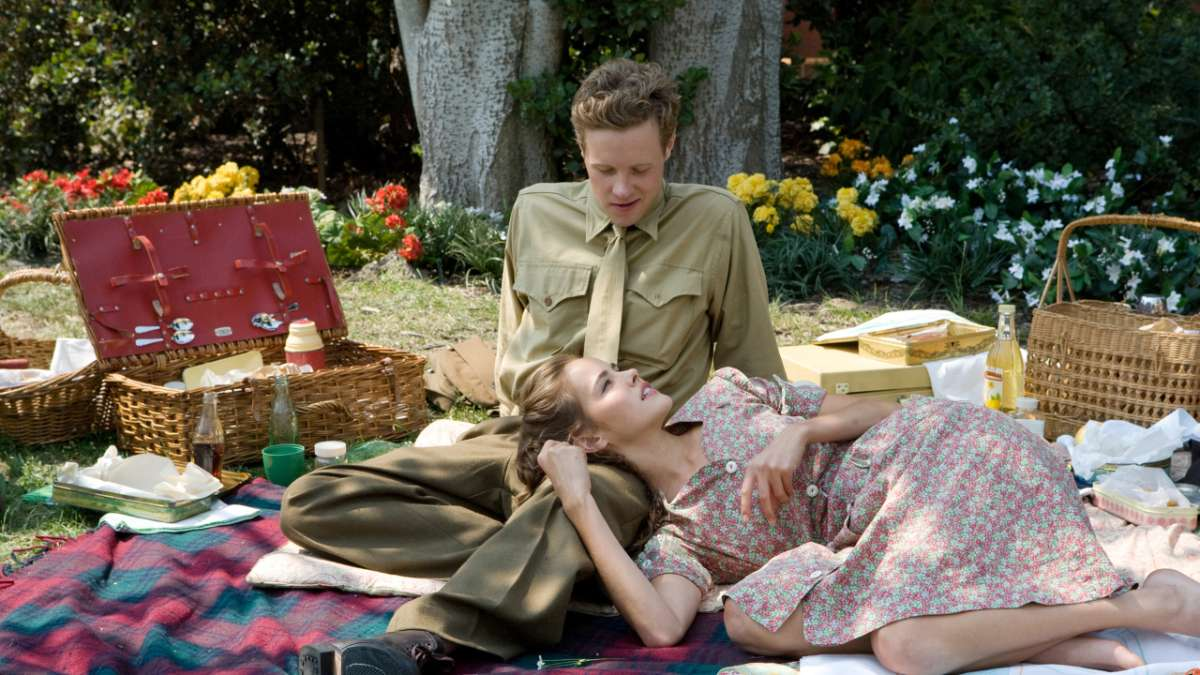 Sidney Phillips having picnic with girl