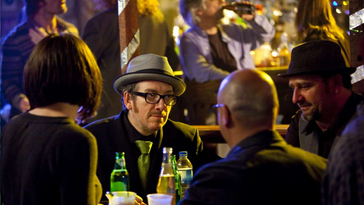Elvis Costello in bar